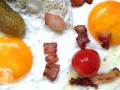 Eier, Speck und Tomaten